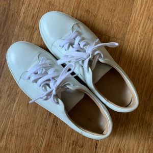A.P.C. Shoes - A.P.C. White leather sneakers